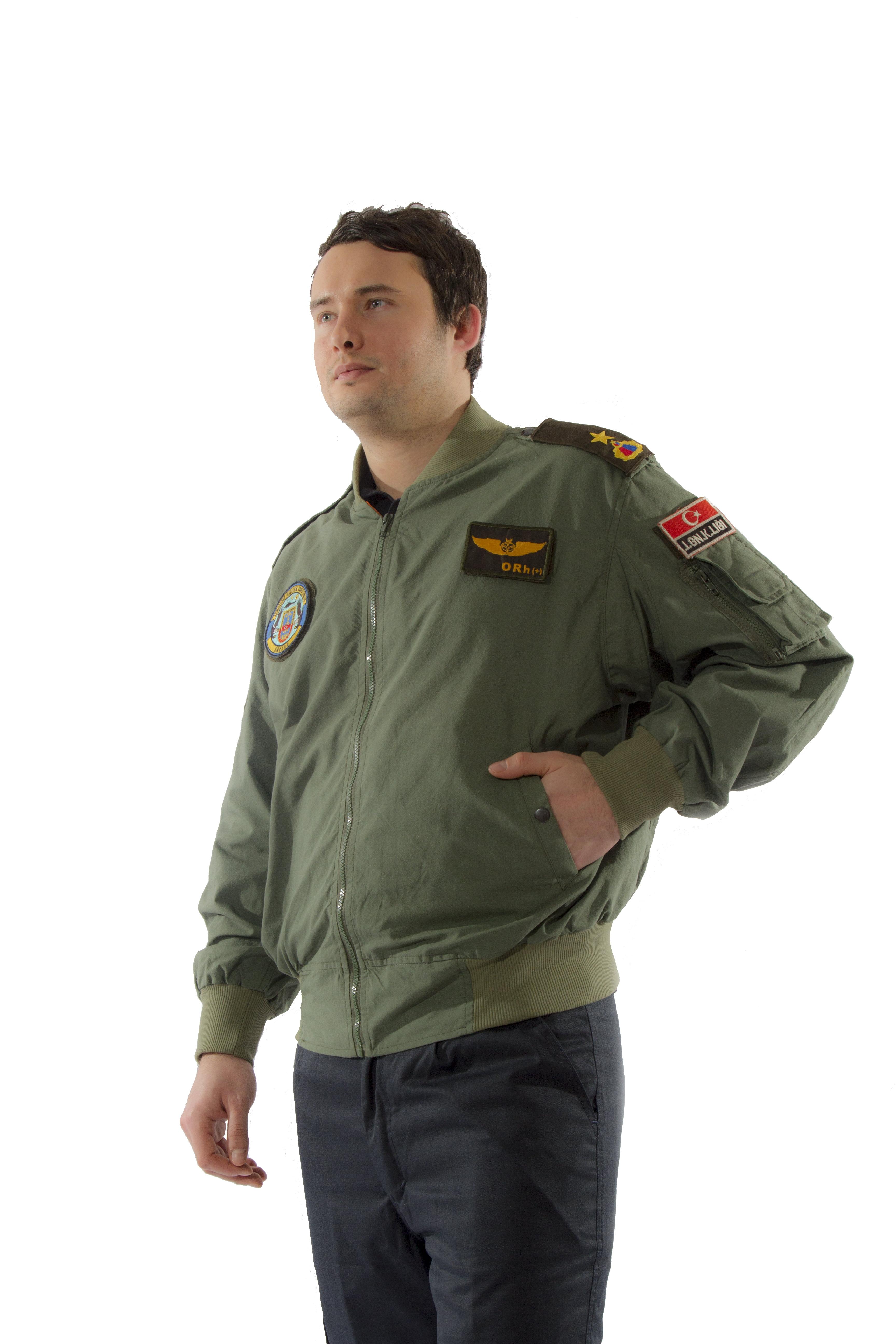 Pilot Montu